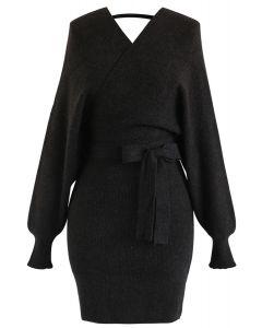 Robe en maille enveloppée Allure moderne en noir
