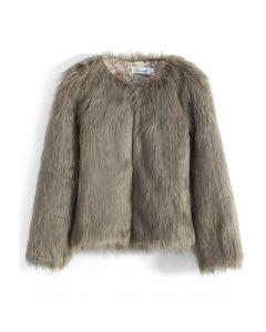 Mon manteau chic en fausse fourrure en brun