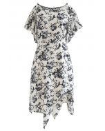 Robe asymétrique à épaules dénudées et imprimé floral Sketch